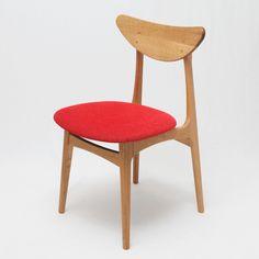 50's北欧家具のものづくりがお手本。「いいもの、ずっと」をコンセプトに、京都の家具職人が作るオリジナル椅子。 fingermarks_大きな背と座。 すらっと伸びる木の骨格。 【Original Chair】 『pint-M(oak)』 座面B-Brick