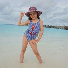 Little Girl Bikini, Little Girl Swimsuits, Cute Little Baby Girl, Little Girl Models, Beautiful Little Girls, Cute Swimsuits, Child Models, Girly Girl Outfits, Cute Little Girls Outfits