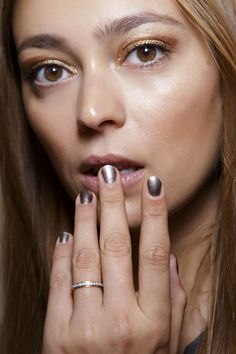 Lots of ideas for short nails manicure! <3