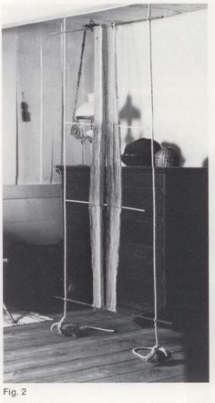 Warp-weighted sprang loom (Warp-vægtet sprang væven).