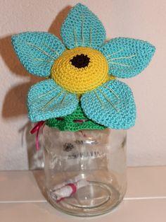 Crochet Box, Crochet Flowers, Knit Crochet, Crochet Hats, Crochet Jar Covers, Jar Lids, Crochet Earrings, Projects To Try, Tricot