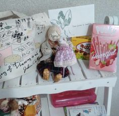 Boosinka made to her home safely and now she is with her grand-ma.  You can see the Japanese sweets she brought back from her trip.