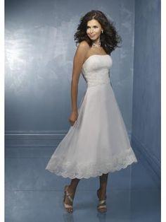 Schlichtes süßes Brautkleid aus Satin mit Spitze Teelang A-Linie Trägerlos