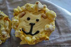 Peace but not Quiet: Lion Cupcakes