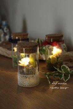 【再販】boca~ドライフラワーのボトルランプ springr~ Burlap Christmas, Christmas Wreaths, Diy Candles, Candle Jars, Garden Shop, Arte Floral, How To Preserve Flowers, Jar Crafts, Glass Domes