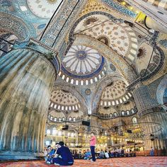 Do you know why it's called the Blue Mosque? Because of the incredible blue İznik tiles and because of the stunning decorations in the large and smaller domes that really give it its name!