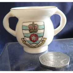 Goss Crested China - The Abbots Cup From Fountains Abbey - Matlock-Bath Crest