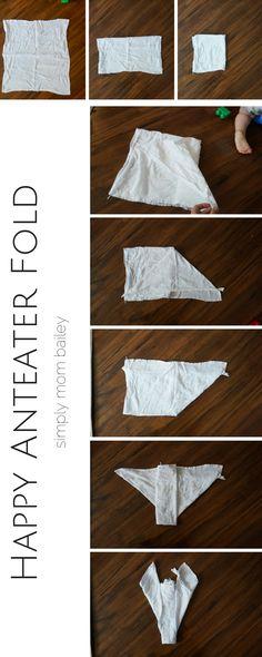 Happy Anteater Fold - Preparing the Flat Diaper Fold Canapés, Hacks Pour  Bébés, Conseils f60ff275b6c