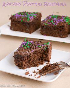 Avocado Protein Brownies : Sweet Twist of Blogging   #brownies #avocado #chocolate #protein