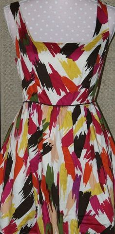 DRESS/ Women's Dress/ Twenty One 21/ size M/ bold print/ 100% cotton  #TwentyOne #hasthatsixtyscutreallycoolflare #whateveryouwant