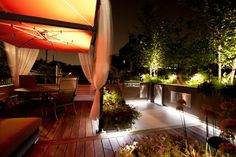 Small Chicago Garage rooftop modern deck