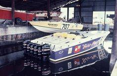 Magnum marine 35 six pac