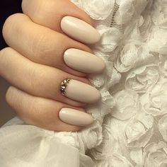 Chic Wedding Nail Art Ideas | POPSUGAR Beauty