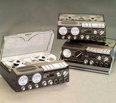 Uher - www.remix-numerisation.fr - Rendez vos souvenirs durables ! - Sauvegarde - Transfert - Copie - Digitalisation - Restauration de bande magnétique Audio - MiniDisc - Cassette Audio et Cassette VHS - VHSC - SVHSC - Video8 - Hi8 - Digital8 - MiniDv - Laserdisc - Bobine fil d'acier - Digitalisation audio