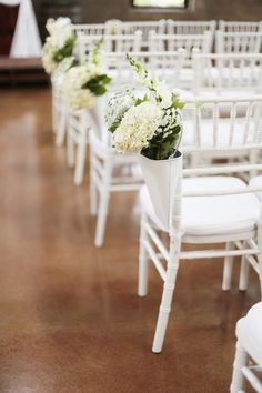Photography: Feather & Twine Photography - featherandtwinephotography.com  Read More: http://www.stylemepretty.com/2014/04/24/romantic-meets-rustic-wedding-at-olde-dobbin-station/