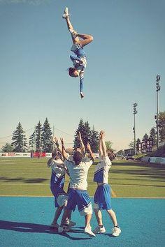 See the bases everyone . there guys , we need more guy cheerleaders ! Cool Cheer Stunts, Cheer Moves, Cheer Jumps, Cheerleading Workouts, Cheer Routines, Cheer Workouts, Cheerleading Pictures, Cheerleading Cheers, Cheerleading Hair