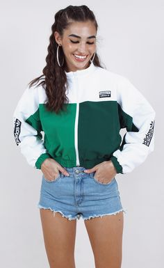 Cute Sporty Outfits, Sport Outfits, Trendy Outfits, Sporty Chic, Look Fashion, Girl Fashion, Fashion Outfits, Adidas Shoes Outfit, Looks Adidas