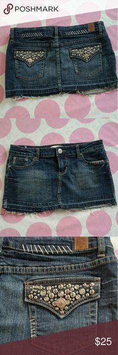 L.A. IDOL Mini Skirt Blue Jean Mini Skirt Cool Stud/Stitching Details Excellent Condition  Size M L.A. Idol Skirts Mini