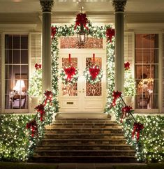 32 Nice Christmas Front Porch Decoration Ideas – One of the most relaxing places… – The Best DIY Outdoor Christmas Decor Diy Christmas Light Decorations, Porch Christmas Lights, Ornaments Ideas, Xmas Trees, Outdoor Decorations, House Decorations, Holiday Lights, Christmas Front Doors, Front Porch Ideas For Christmas