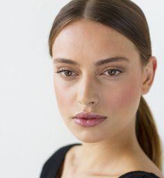 Transparent makeup look