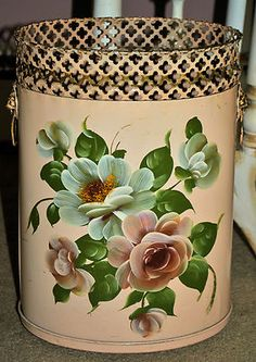 1000 Images About Trash Can On Pinterest Vintage Tins