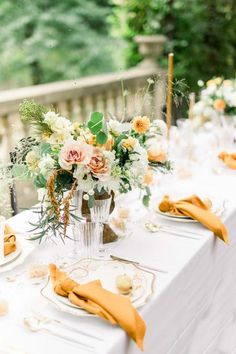 An Intimate 14-Person Wedding Inspired by Tuscan Architecture Decorated in All Things Ochre