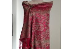 Pashmina Annapurna. Laine Cachemire, Motif Cachemire, Foulard Rouge ... f08f3f4abfc