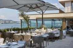 This hotel is situated directly on Lake Zurich just a drive away from Zurich's city centre.