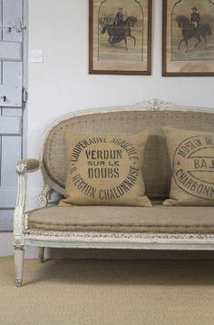 Settee and Burlap Pillows. <3