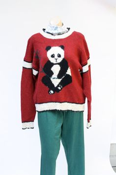 f7b5bb173676 Ugly christmas sweater Holiday Red panda bear vintage pullover sweater L XL  unisex