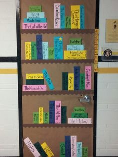 Book door decorations classroom america 39 ideas for 2019 Library Displays, Classroom Displays, Classroom Organization, Book Displays, Reading Bulletin Boards, Classroom Bulletin Boards, Reading Corner Classroom, Classroom Teacher, Classroom Ideas