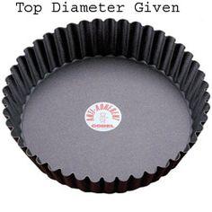 Gobel Round Fluted Non-Stick Tart / Quiche Pan w/Removable Bottom 9-3/4 x 2 High