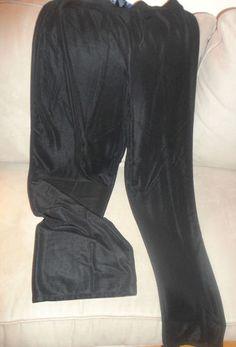 Womens Susan Graver Style Black Pants Size Medium. Find me at www.dandeepop.com