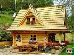 Amazing Gate Lodge By The Little Log House Company | Things Iu0027d Like To Buy  | Pinterest | Gate, Logs And House