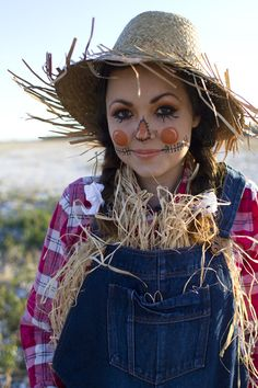 Mary: I like some of these makeup elements. Scarecrow halloween costume & makeup tutorial via Kastles