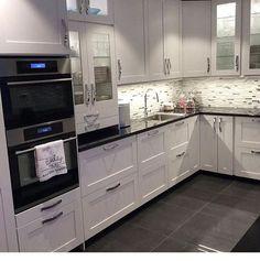 Biela kuchyňa môže mať hneď niekoľko výhod http://www.attrakt.me/biela-kuchyna-ma-niekolko-vyhod?utm_source=rss&utm_medium=AltTag+Social&utm_campaign=RSS