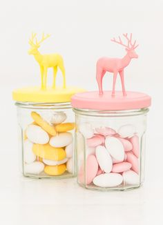 DIY candy jars made of toys Diy Cadeau, Little Presents, Sweet 16 Parties, Crafty Craft, Bambi, Diy Projects To Try, Diy For Kids, Bunt, Diy Gifts