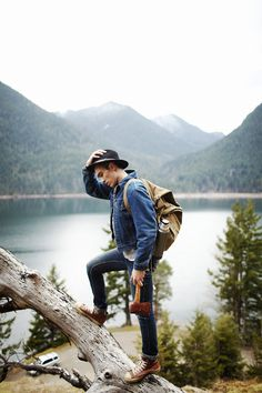 I hate Hiking and Camping with a passion! Hipster Vintage, Foto Pose, To Infinity And Beyond, Photo Instagram, Facebook Instagram, Adventure Is Out There, Glamping, The Great Outdoors, Trekking