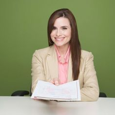 Master These 10 Interview Questions First impressions are everything, and making a good one during a job interview can very well snag you the job of your dreams. Interviews can be nerve-racking, especially if it's for a job you really want. The only way to calm your nerves is to do a lot of prep beforehand so you'll be ready for your interview. Read on for 10 common interview questions.