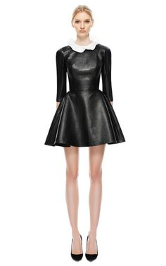 Black Leather Dresses, Autumn Winter Fashion, Fall Winter, Black Is Beautiful, Fashion Pictures, Playing Dress Up, Beautiful Outfits, Mini Skirts, Style Inspiration