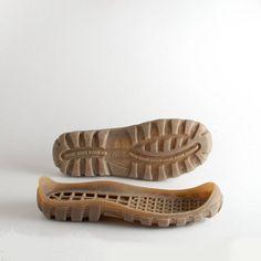Semelles en caoutchouc pour les sabots feutrées et chaussons
