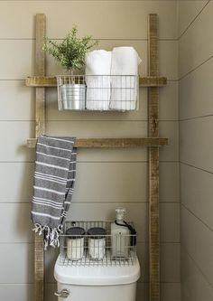 Design Takeaways From One of the Most Beautiful DIY Bathroom Renovations Ever & How to Make a Small Bathroom Look Bigger Most Popular Small Bathroom Remodel Ideas on a Budget in 2018 Decor, Home Diy, Diy Bathroom, Beautiful Bathroom Renovations, Rustic Wood Projects, Bathroom Decor, Bathrooms Remodel, Diy Home Decor, Home Decor