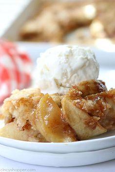 Easy Apple Cobbler Apple Dessert Recipes, Köstliche Desserts, Apple Recipes, Recipes Dinner, Apple Cobbler Recipes, Apple Cobbler Bisquick Recipe, Healthy Desserts, Summer Desserts, Cake Recipes