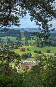 Chatsworth House in Derbyshire, England, seat of the Dukes of Devonshire England Countryside, British Countryside, Places To Travel, Places To Go, English Manor Houses, Chatsworth House, Le Palais, Derbyshire, Better Homes And Gardens