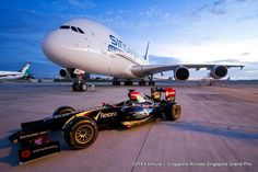 Special photo for the Singapore Airlines A380 (9V-SKS) to celebrate the signed of the agreement as Title Sponsor of the Singapore Grand Prix in September