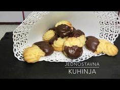 JednostavnaKuhinja - YouTube Doughnut, Muffin, Friends, Breakfast, Videos, Youtube, Desserts, Food, Chef Recipes