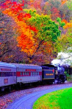 New England fall foliage train • photo: Mirehya on deviantart