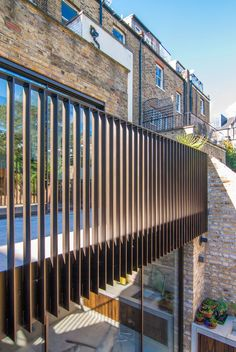 Balustrade-metal-glazed-doors-brickwalls-exterior-balcony-London-Tufnell-Park - house and flat decorations Balustrade Balcon, Balustrade Design, Balustrades, Exterior Handrail, Outdoor Handrail, Wall Exterior, Modern Balcony, Outdoor Balcony, Outdoor Spaces