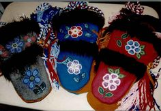 Alice Wifladt   NWT Arts Indian Boots, Native Beading Patterns, Beaded Moccasins, Sweater Mittens, Native Design, Nativity Crafts, Mittens Pattern, Beading Projects, Steamer