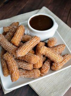 Pizca de Sabor :: Recetas de Cocina-- #boom! Now I know how to make Churros and chocolate sauce!